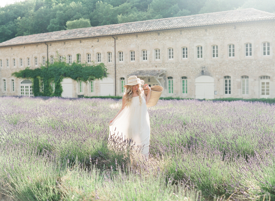 destination wedding photography in Provence