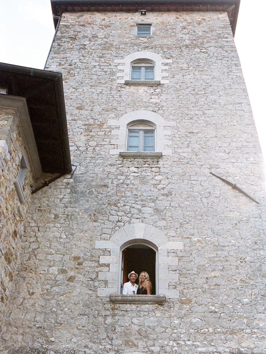 destination engagement photography in Tuscany