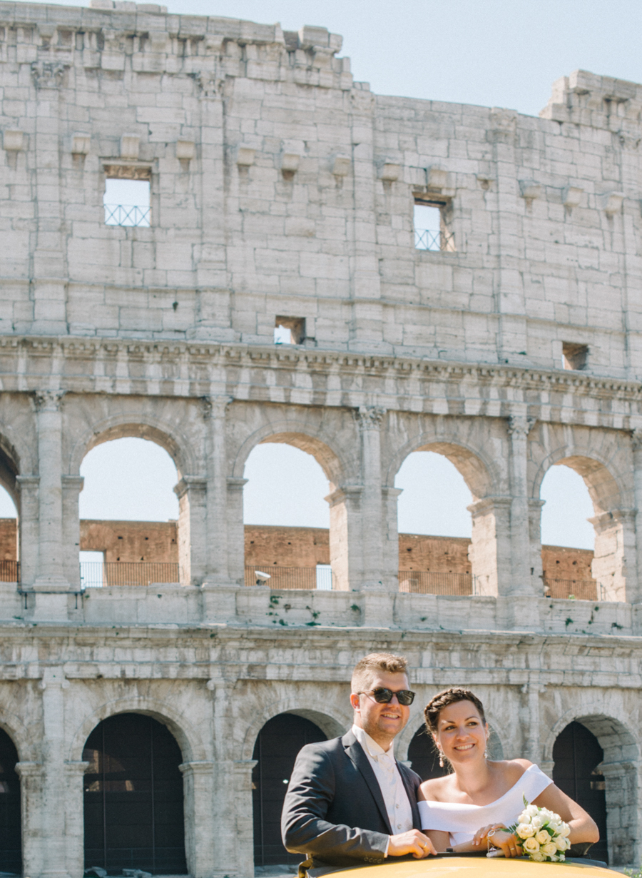 Rome Elopement Photography | Newly weds Colosseum